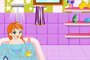 宝贝安娜爱洗澡