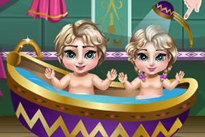 艾尔莎照顾双胞胎